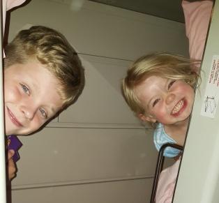 bunk-bed-kids